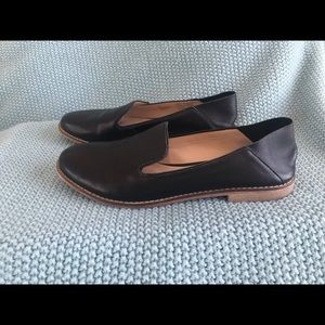 Sole Society Black Leather Flats
